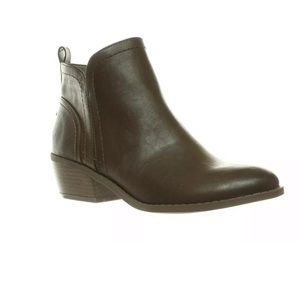 New G by GUESS Womens Tammie Espresso  Boots